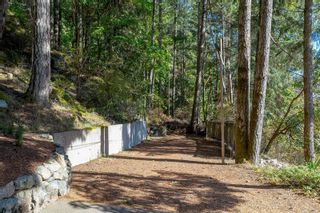 Photo 5: 3052 Awsworth Rd in Langford: La Humpback House for sale : MLS®# 887673