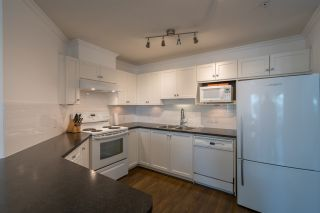 Photo 5: 410 33738 KING Road in Abbotsford: Poplar Condo for sale : MLS®# R2171658
