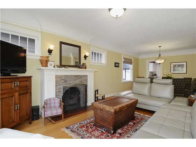 Main Photo: 2135 W 45TH Avenue in Vancouver: Kerrisdale House for sale (Vancouver West)  : MLS®# V1034931