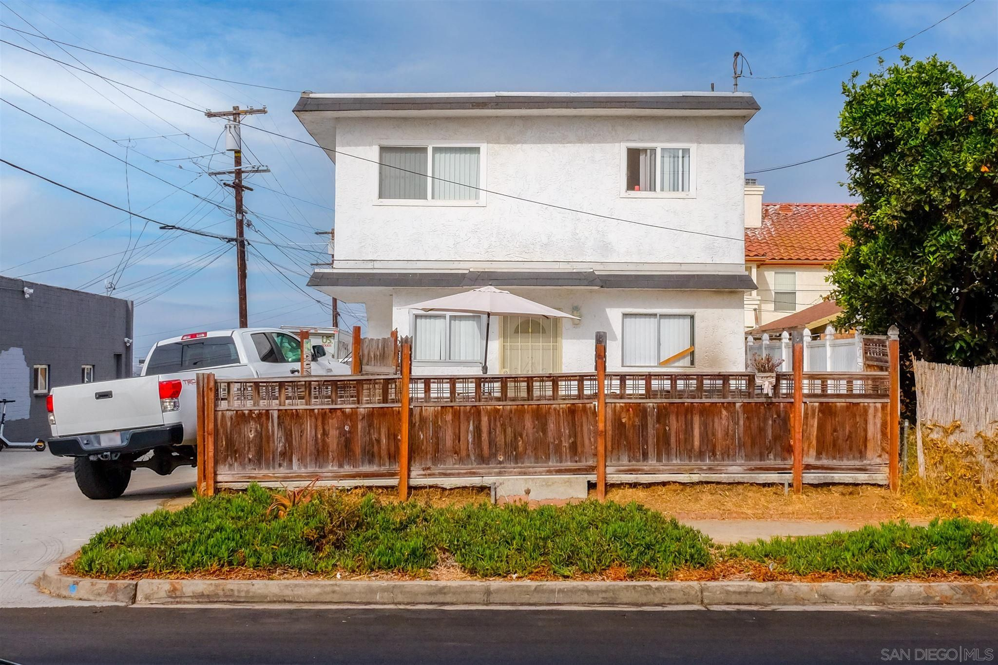 Main Photo: PACIFIC BEACH Property for sale: 4526 Haines St in San Diego
