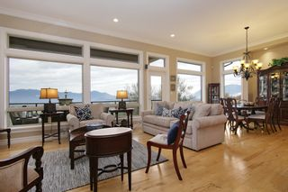"Photo 4: 281 51075 FALLS Court in Chilliwack: Eastern Hillsides House for sale in ""EMERALD RIDGE"" : MLS®# R2413892"