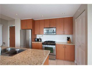 """Photo 15: 906 9222 UNIVERSITY Crescent in Burnaby: Simon Fraser Univer. Condo for sale in """"ALTAIRE"""" (Burnaby North)  : MLS®# V1118110"""