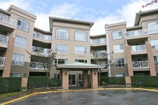 "Photo 16: 206 2559 PARKVIEW Lane in Port Coquitlam: Central Pt Coquitlam Condo for sale in ""The Crescent"" : MLS®# R2105568"