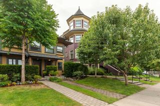 """Photo 1: 1288 SALSBURY Drive in Vancouver: Grandview Woodland Townhouse for sale in """"The Jeffs Residences"""" (Vancouver East)  : MLS®# R2599925"""