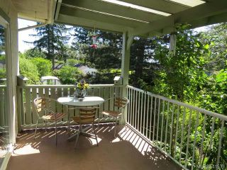 Photo 2: 1955 HOLLY PLACE in COMOX: Z2 Comox (Town of) House for sale (Zone 2 - Comox Valley)  : MLS®# 641539