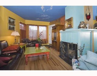 Photo 1: 7 2077 W 3RD Avenue in Vancouver: Kitsilano Townhouse for sale (Vancouver West)  : MLS®# V703923