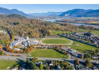 Photo 23: 7816 DUNSMUIR Street in Mission: Mission BC House for sale : MLS®# R2512120