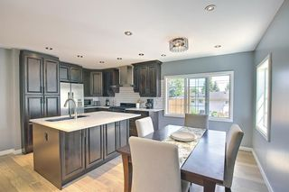 Photo 10: 5004 2 Street NW in Calgary: Thorncliffe Detached for sale : MLS®# A1124889