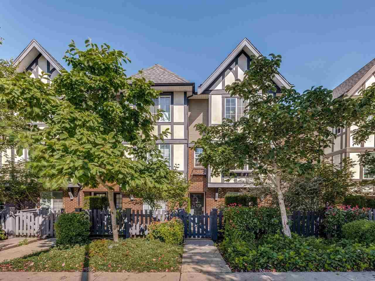 Main Photo: 27 20875 80 AVENUE in Langley: Willoughby Heights Townhouse for sale : MLS®# R2495219