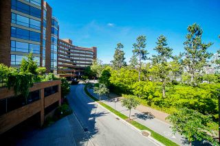 """Photo 35: 108 1450 PENNYFARTHING Drive in Vancouver: False Creek Condo for sale in """"HARBOUR COVE"""" (Vancouver West)  : MLS®# R2459679"""