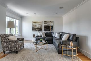 Photo 8: 111 Wentworth Lane SW in Calgary: West Springs Detached for sale : MLS®# A1138412