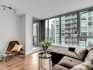"""Photo 4: 1001 1010 RICHARDS Street in Vancouver: Yaletown Condo for sale in """"THE GALLERY"""" (Vancouver West)  : MLS®# R2584548"""