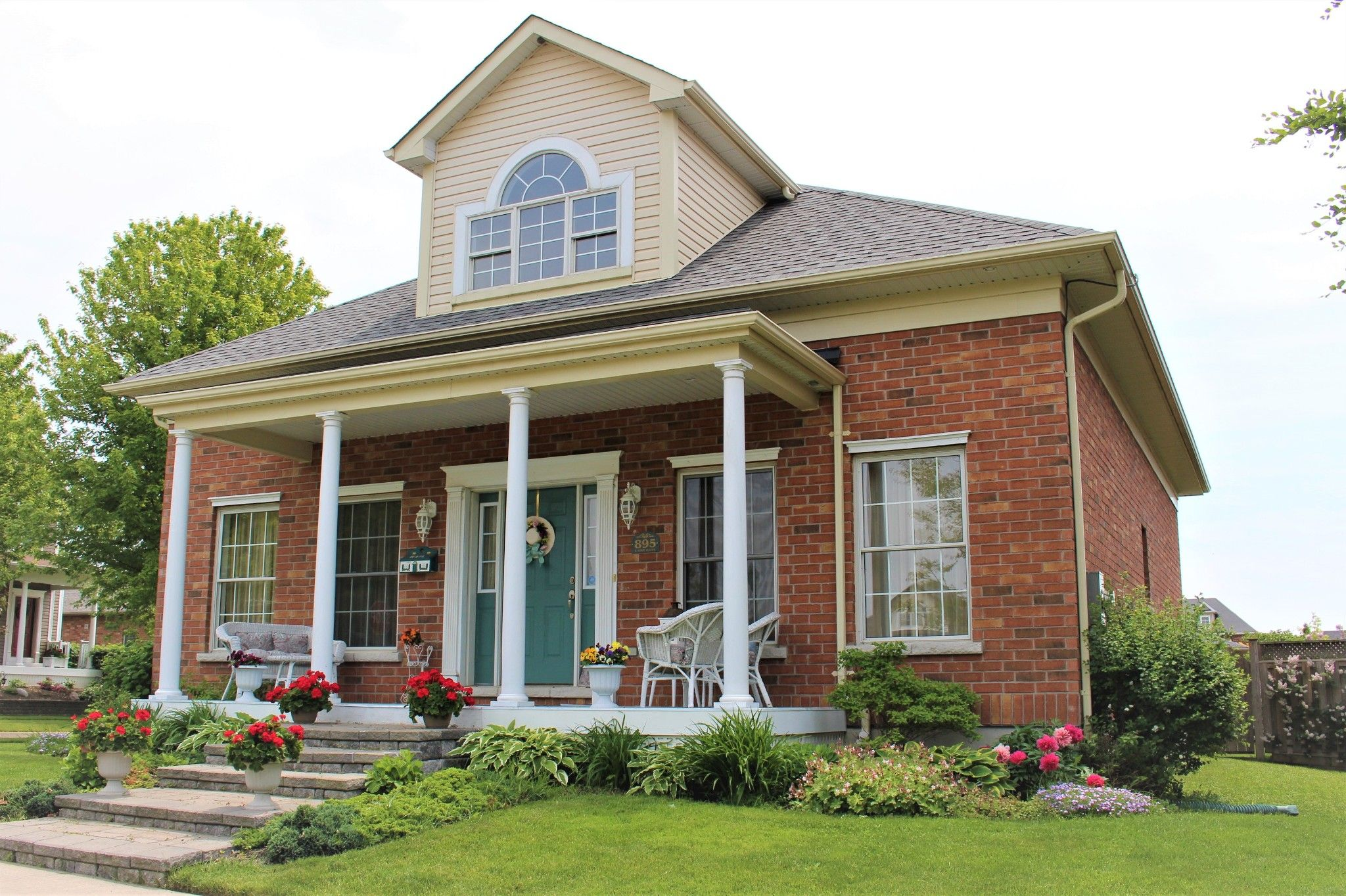 Main Photo: 895 Caddy Drive in Cobourg: House for sale : MLS®# 202910