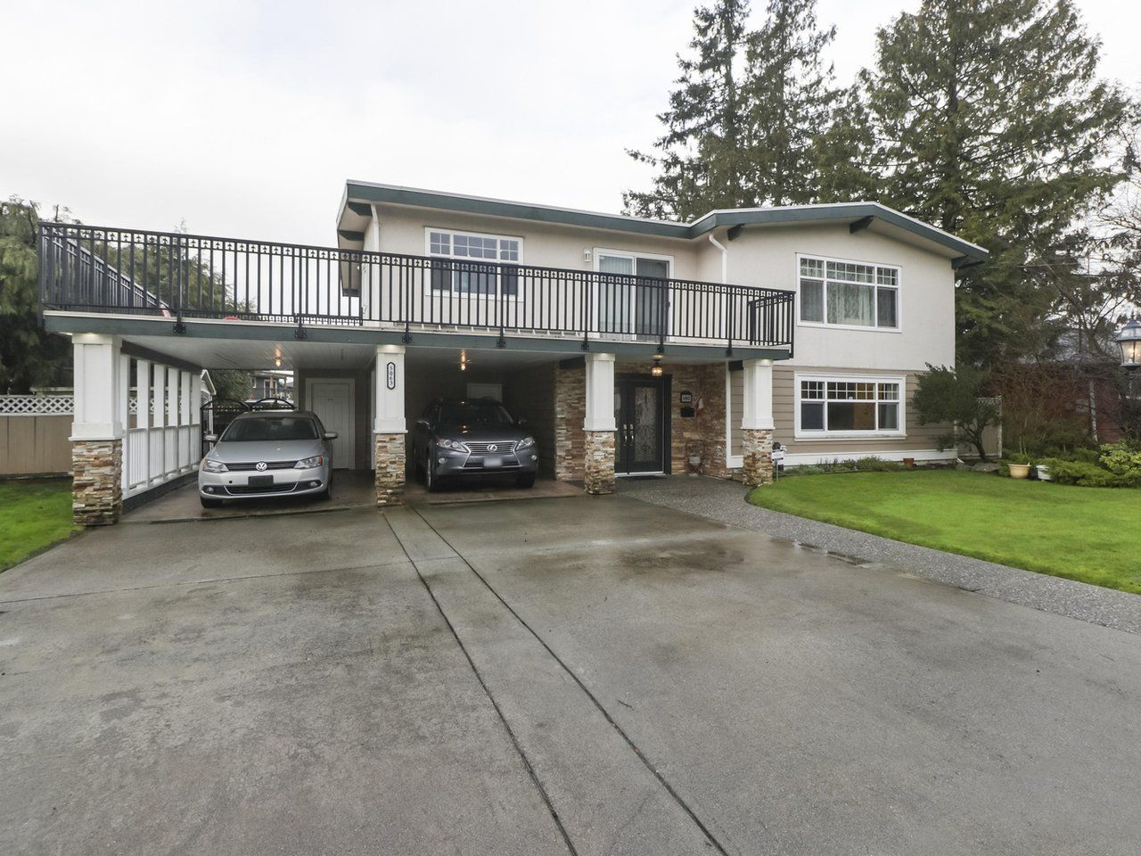 Main Photo: 5063 59 Street in Delta: Hawthorne House for sale (Ladner)  : MLS®# R2428573