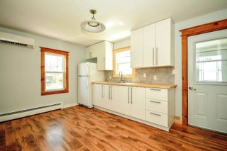 Photo 3: 10 HOLMES HILL Road in Hantsport: 403-Hants County Residential for sale (Annapolis Valley)  : MLS®# 202005172