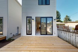 Photo 30: 2422 53 Avenue SW in Calgary: North Glenmore Park Detached for sale : MLS®# A1142924