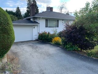 "Photo 1: 624 HARRISON Avenue in Coquitlam: Coquitlam West House for sale in ""Oakdale/Burquitlam"" : MLS®# R2492727"