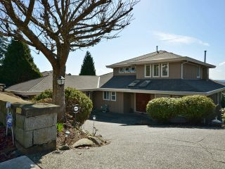 Photo 1: 1576 TYROL PL in West Vancouver: Chartwell House for sale : MLS®# V1106056