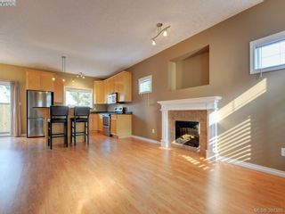 Photo 5: 102 2600 Peatt Rd in VICTORIA: La Langford Proper Row/Townhouse for sale (Langford)  : MLS®# 794862