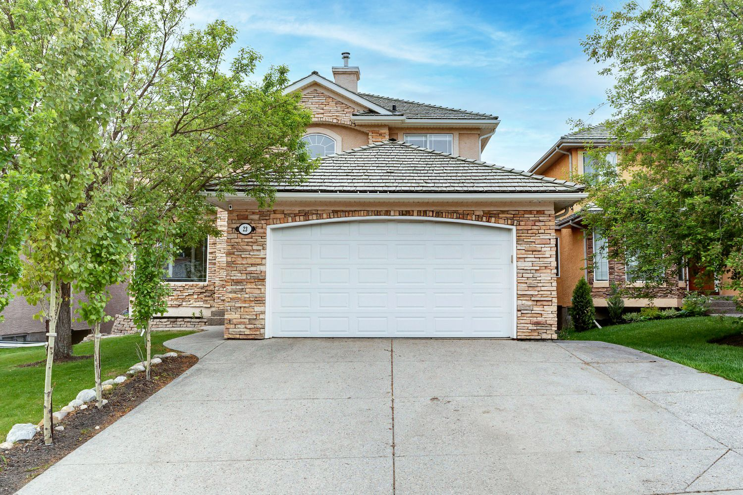 Main Photo: 23 Royal Crest Way NW in Calgary: Royal Oak Detached for sale : MLS®# A1118520
