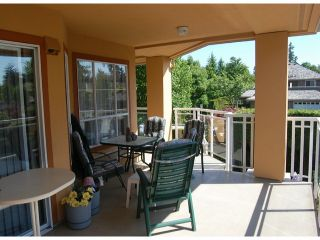 Photo 9: # 212 15185 22 AV in Surrey: Sunnyside Park Surrey Condo for sale (South Surrey White Rock)  : MLS®# F1413789