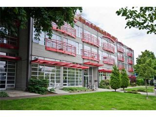 """Photo 9: 331 350 E 2ND Avenue in Vancouver: Mount Pleasant VE Condo for sale in """"MAIN SPACE'"""" (Vancouver East)  : MLS®# V898024"""