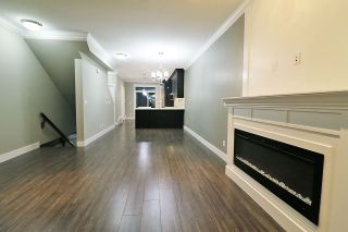 Photo 3: 20 13670 62 AVENUE in Surrey: Sullivan Station Townhouse for sale : MLS®# R2226296