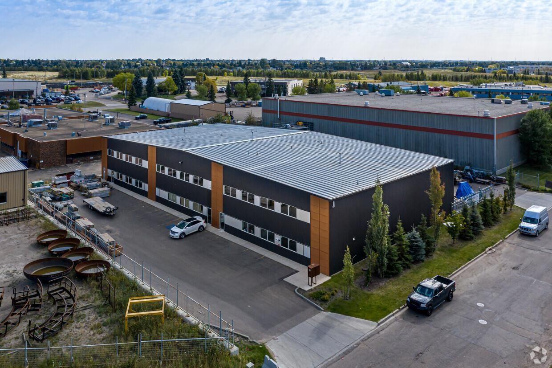 Main Photo: 4529 94 Street in Edmonton: Zone 41 Industrial for lease : MLS®# E4222090