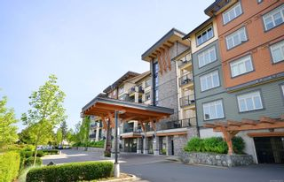 Photo 2: 422 623 Treanor Ave in Langford: La Thetis Heights Condo for sale : MLS®# 863979