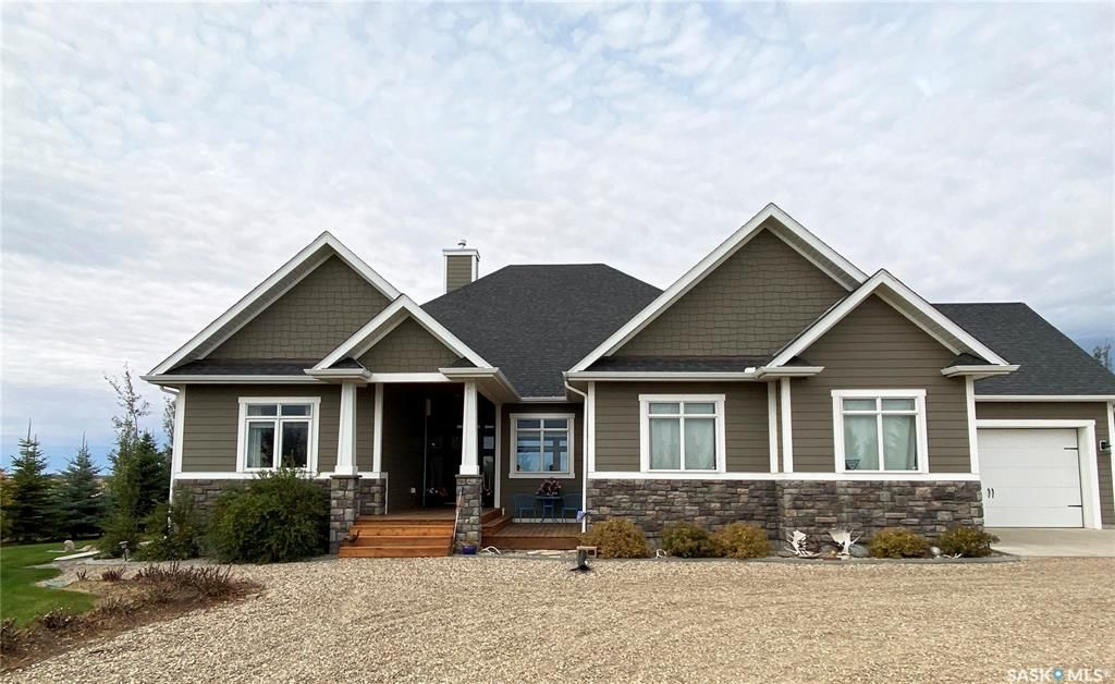 Main Photo: 110 Rudy Lane in Outlook: Residential for sale : MLS®# SK871706