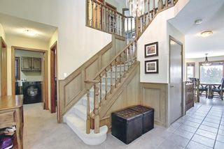 Photo 2: 111 Sirocco Place SW in Calgary: Signal Hill Detached for sale : MLS®# A1129573