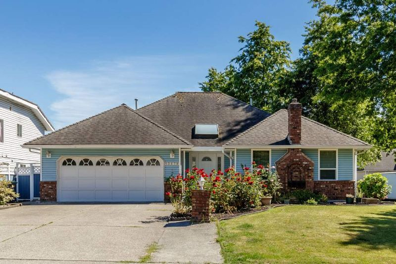 FEATURED LISTING: 13678 91 Avenue Surrey