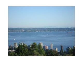 Photo 12: # 24 2235 FOLKESTONE WY in West Vancouver: Panorama Village Condo for sale : MLS®# V1048040