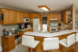 Photo 10: 64 Edelweiss Crescent in Niverville: R07 Residential for sale : MLS®# 202013038