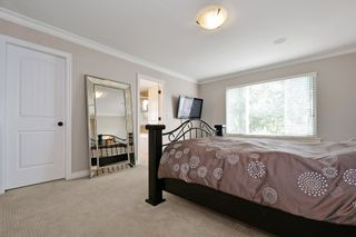 """Photo 16: 5878 165 Street in Surrey: Cloverdale BC House for sale in """"BELL RIDGE ESTATES"""" (Cloverdale)  : MLS®# F1432063"""