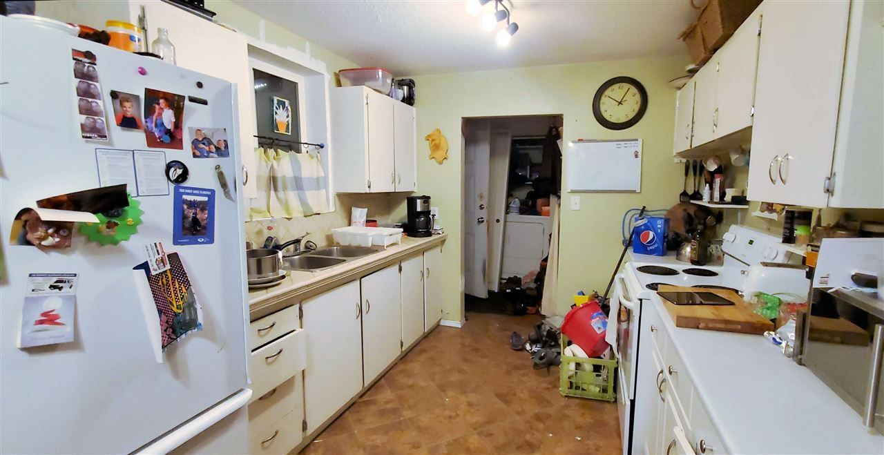 """Photo 3: Photos: 2608 VICTORIA Street in Prince George: VLA House for sale in """"VLA"""" (PG City Central (Zone 72))  : MLS®# R2522984"""