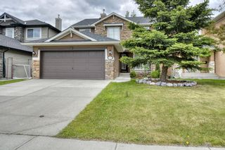Photo 2: 143 Chapman Way SE in Calgary: Chaparral Detached for sale : MLS®# A1116023
