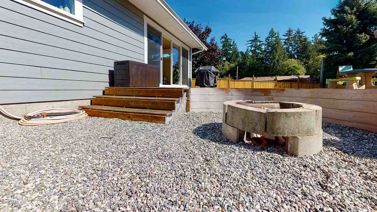 Photo 36: Photos: 5472 CARNABY Place in Sechelt: Sechelt District House for sale (Sunshine Coast)  : MLS®# R2495555