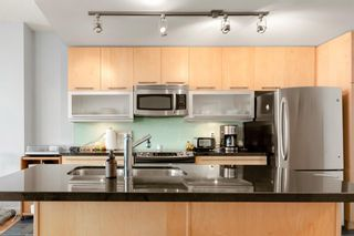 Photo 8: 702 215 13 Avenue SW in Calgary: Beltline Apartment for sale : MLS®# A1093918