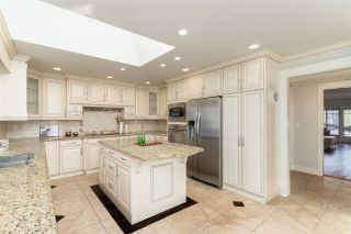 Photo 11: 8280 SUNNYWOOD Drive in Richmond: Broadmoor House for sale : MLS®# R2556923