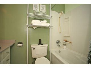"""Photo 12: 5 14171 104 Avenue in Surrey: Whalley Townhouse for sale in """"HAWTHORNE PARK"""" (North Surrey)  : MLS®# F1404162"""