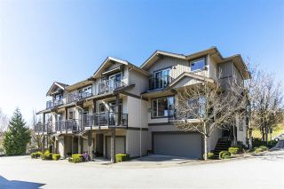 """Photo 1: 5 20326 68 Avenue in Langley: Willoughby Heights Townhouse for sale in """"SUNPOINTE"""" : MLS®# R2566107"""