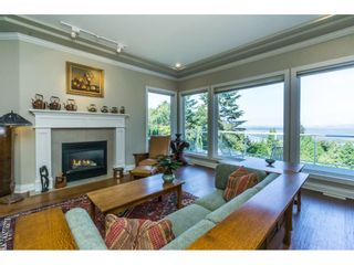 Photo 8: 12929 CRESCENT ROAD in Surrey: Crescent Bch Ocean Pk. House for sale (South Surrey White Rock)  : MLS®# R2456351