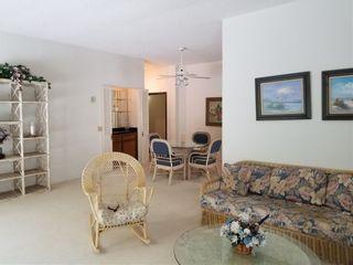Photo 6: LA JOLLA Condo for sale : 2 bedrooms : 5370 La Jolla Blvd #101B