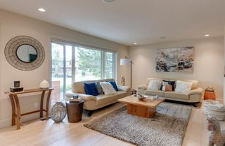Photo 7: 2416 34 Avenue NW in Calgary: Charleswood Detached for sale : MLS®# A1116419