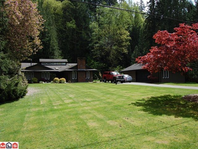 Main Photo: 24 WAGONWHEEL Crescent in Langley: Salmon River House for sale : MLS®# F1010982