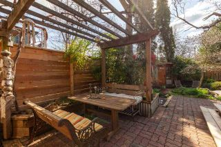 """Photo 38: 1738 MCSPADDEN Avenue in Vancouver: Grandview Woodland House for sale in """"Commercial Drive"""" (Vancouver East)  : MLS®# R2559872"""