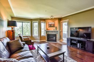 Photo 6: 404 20453 53 Avenue in Langley: Langley City Condo for sale : MLS®# R2186113