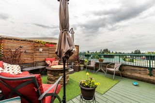 """Photo 18: A424 2099 LOUGHEED Highway in Port Coquitlam: Glenwood PQ Condo for sale in """"SHAUGHNESSY SQUARE"""" : MLS®# R2180378"""
