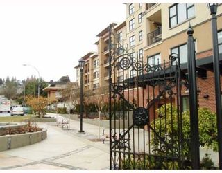"""Photo 1: 212 315 KNOX Street in New Westminster: Sapperton Condo for sale in """"SAN MARINO"""" : MLS®# V809268"""